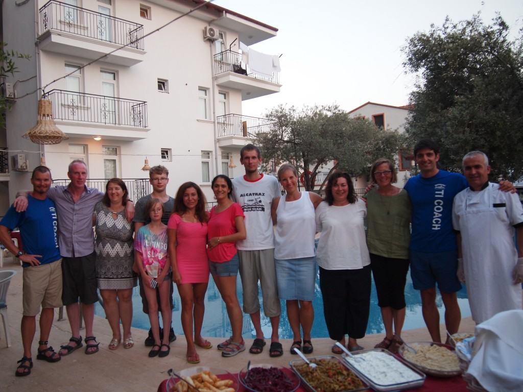 Команда плавательного лагеря в Турции